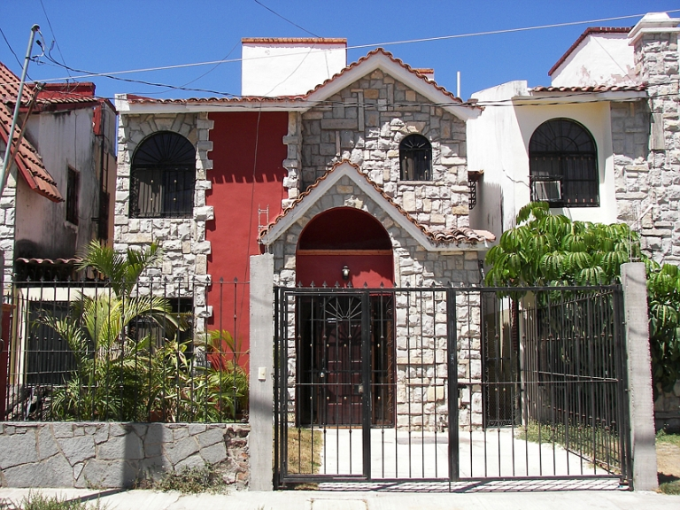 strange houses 30S
